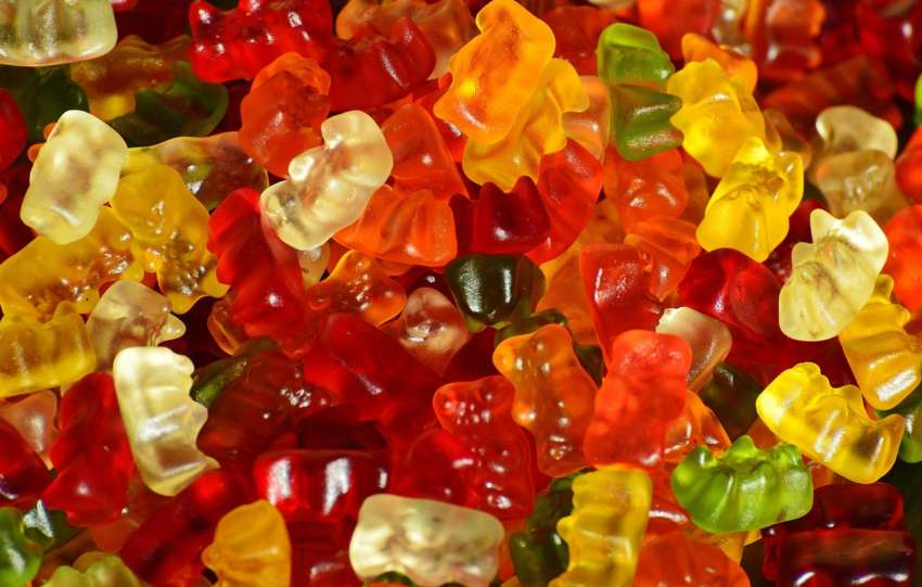 gummy bear 1089595 1280